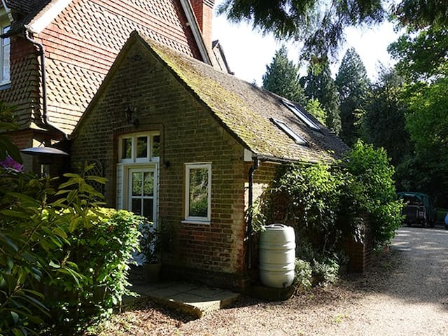 The Wendy House, South Downs