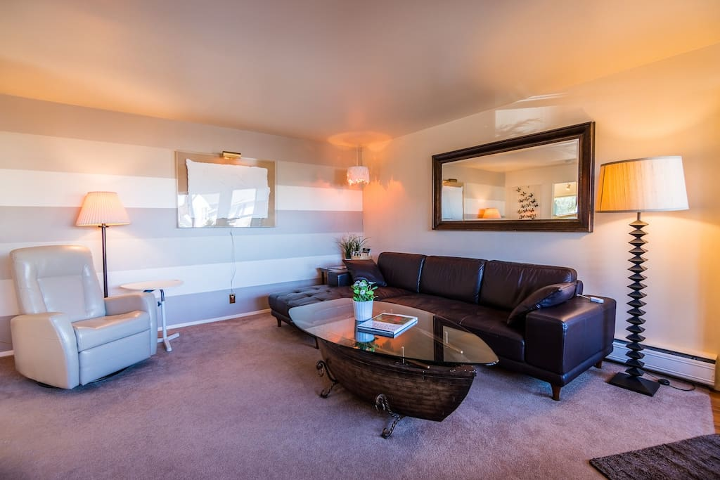 Lakeside Suite Near Beach And Shops Apartments For Rent In Seattle Washington United States