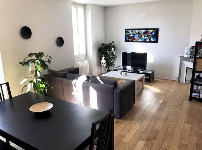 Large T2 Timone Clear Quiet Comfortable - Marseille - Appartement
