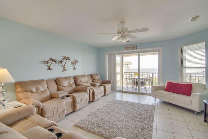 Second-floor beachfront villa w/shared pool, beach access, and basketball court!