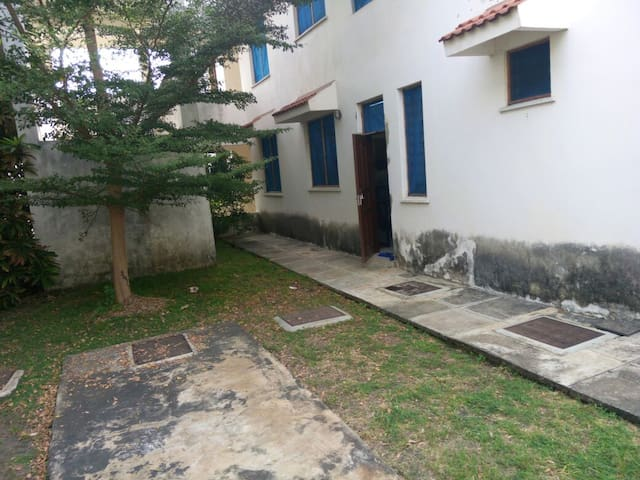 3br furnished apartment in Nyali close to Citimall