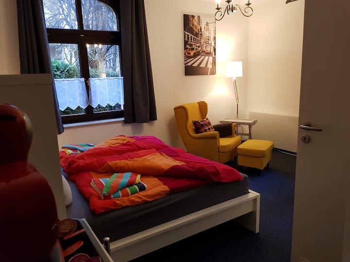 1-Zimmer-Apartment, möbliert, zentral gelegen (#3)