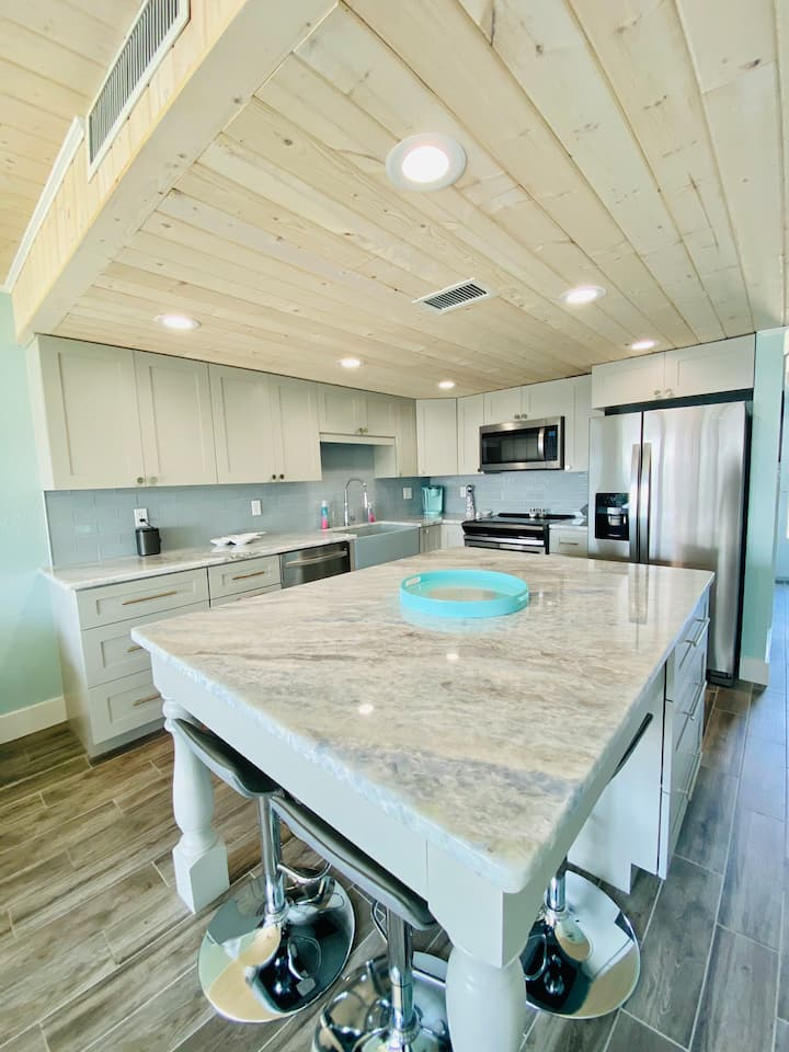 Newly Remodeled NSB Condo with Ocean Views!