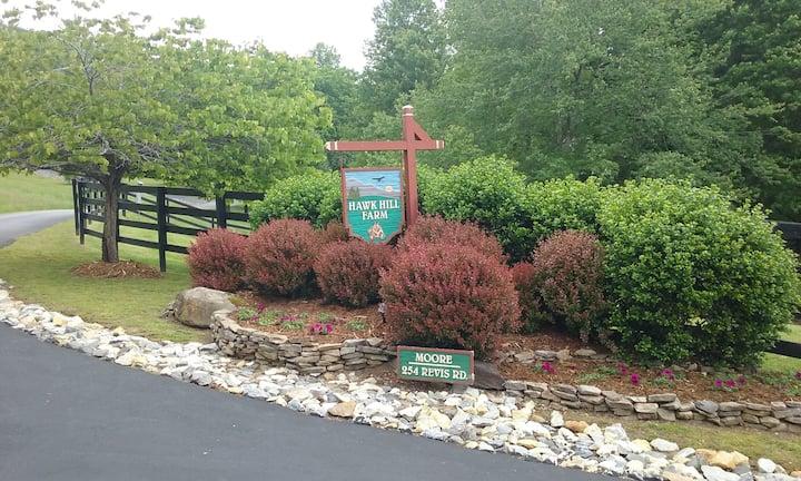 Hawk Hill Farm Guest Apartment