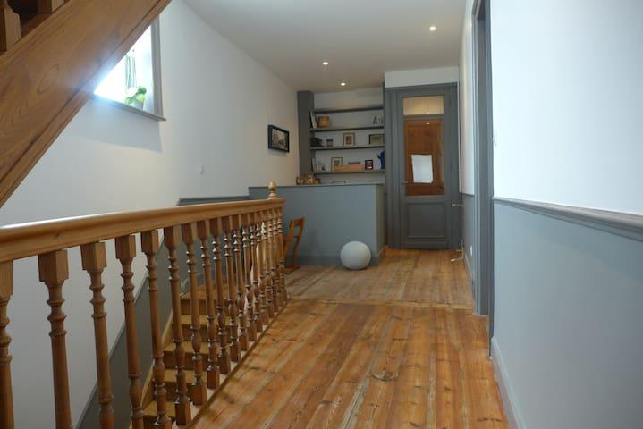 Chambres dans belle maison bourgeoise - Hem - Rumah