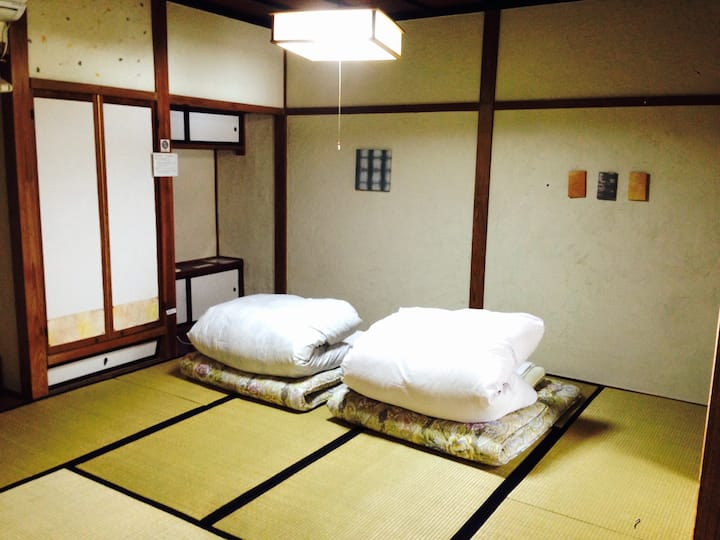 Relax♪★Free Wifi★Economy Triple Room