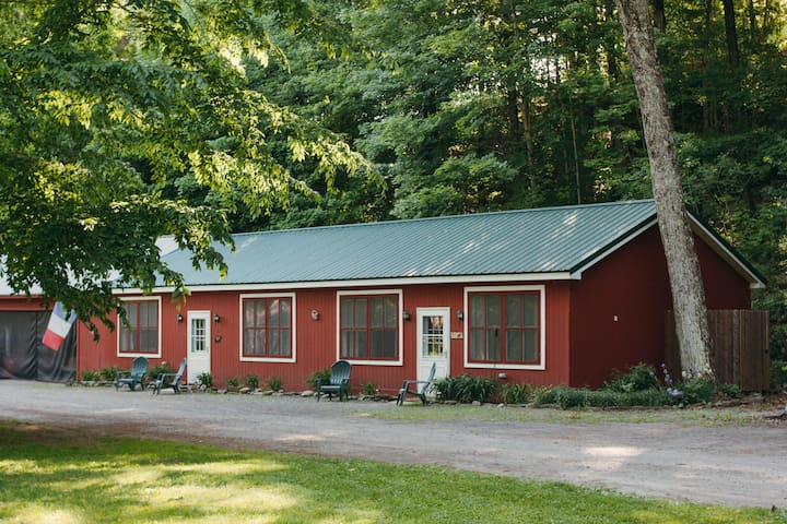 NY Adirondack Cabin by the River