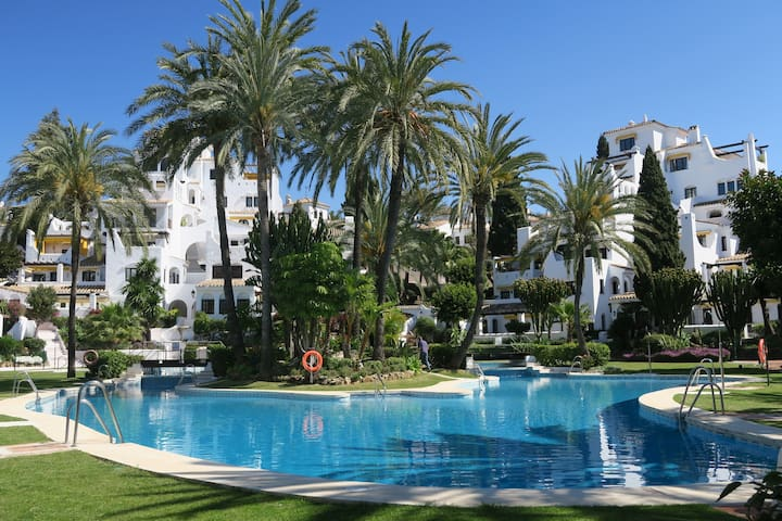 Penthouse Aldea Blanca, Ocean views - Marbella - Apartment