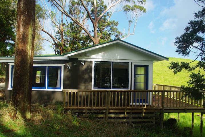 SkyLark Studio Cottage - Kaiwaka