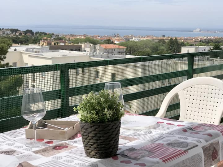 AM136-2 bedrooms apartment in Mas Oliva area with communal pool and parking