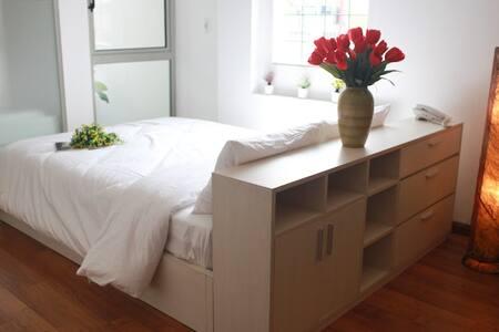 Tran Suites Serviced Apartments - Hanoi - Wohnung