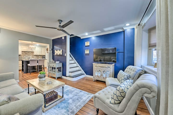 NEW! Remodeled South Philly Townhome: Pets Welcome