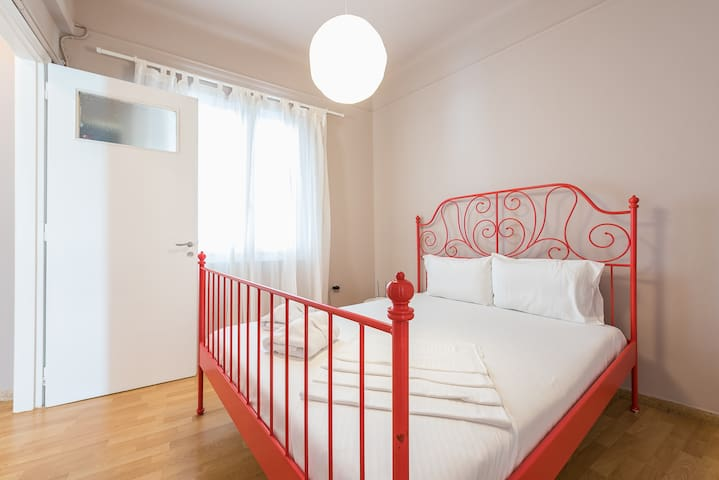 The ultra comfortable bed offers a great night's sleep after a day of exploring the city
