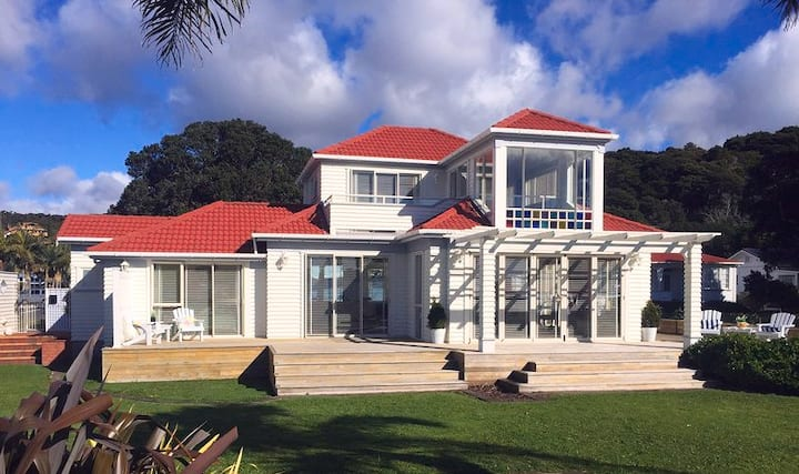 Paihia Beach House - Self-contained Seaview Suite