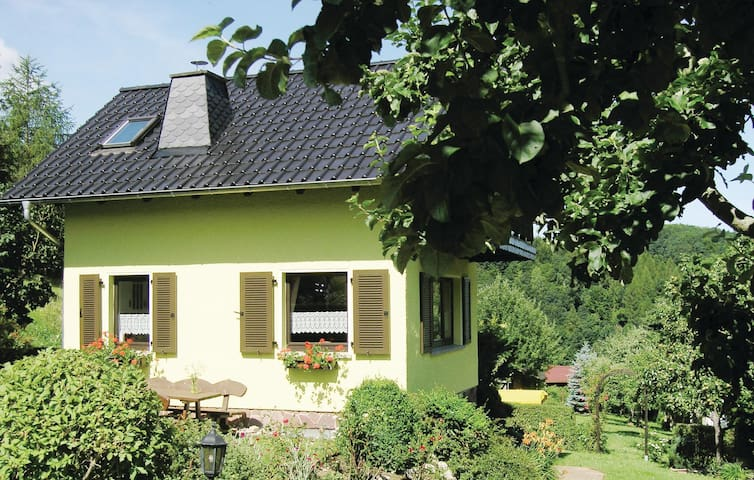Holiday cottage with 1 bedroom on 50 m² in Brotterode-Trusetal