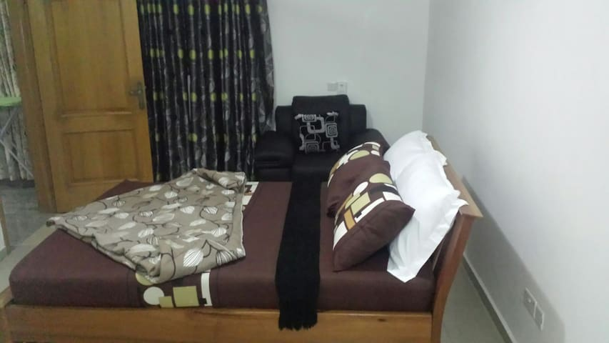 Cozy serene apartments - Accra - Pis