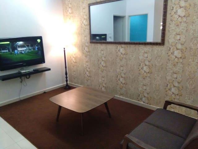 3 bilik tidur , 2 bilik air - Seremban - Huis