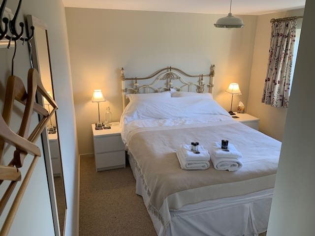 Private En Suite room in South Downs National Park