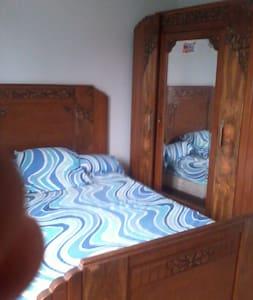 Chambre dans maison individuelle - Ternay