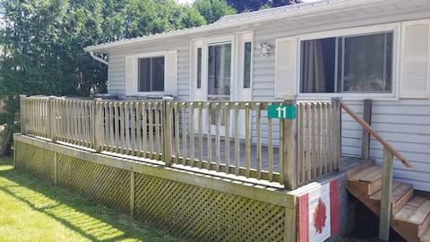 Welcome to Turkey Point Cottage! Relax, Fun, Beach
