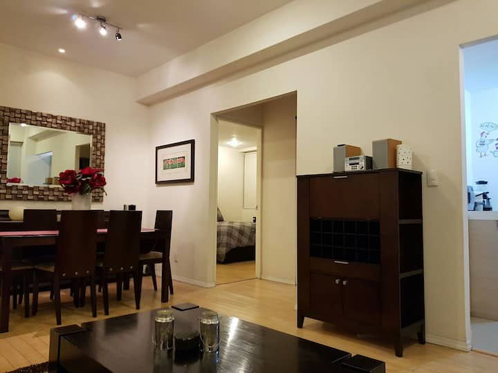 LOCATION & COMFORT IN SANTA FE
