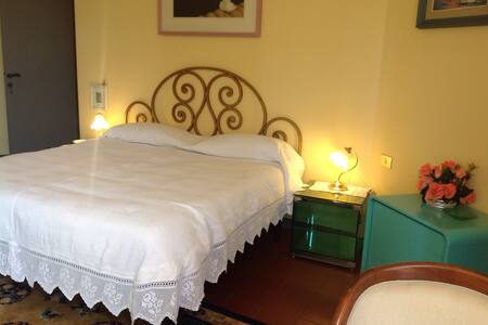 Camera matrimoniale, Casa Laura - Castelfranco Piandiscò