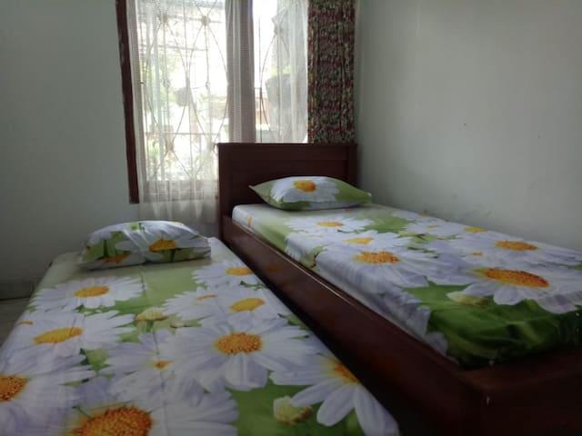 Homestay / guest house yang nyaman dan asri