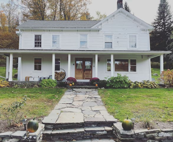 Farmhouse with Mountain Views