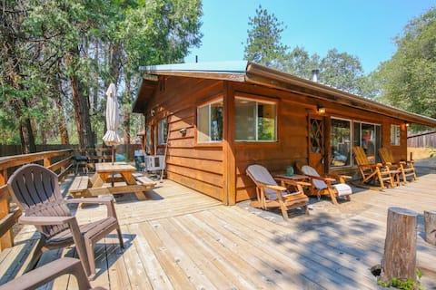 Cozy Cabin. 2 Miles to Bass Lake Close to Yosemite
