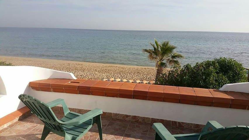 Apartamento frente al mar 1a linia. - El Baix Camp - Apartment