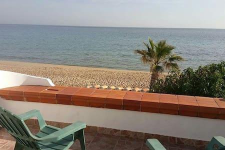 Apartamento frente al mar 1a linia. - El Baix Camp