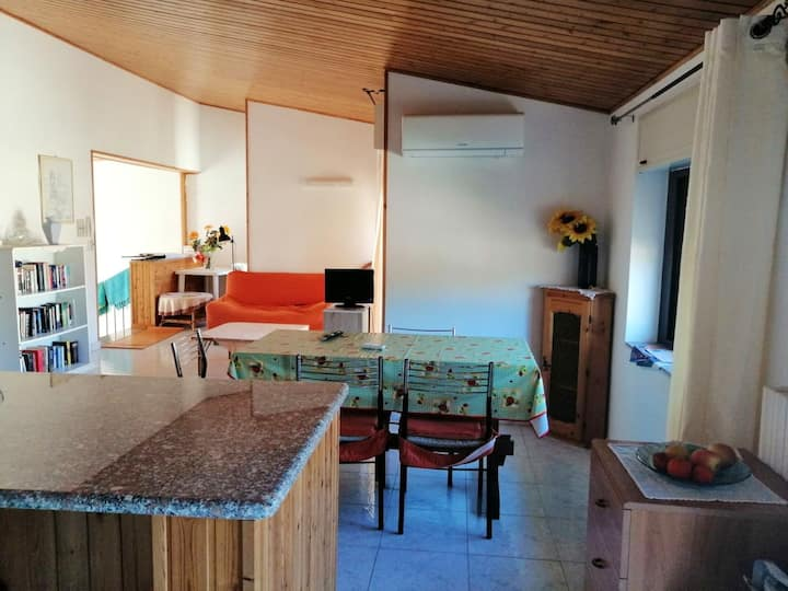 Apartment with 2 bedrooms in Teulada