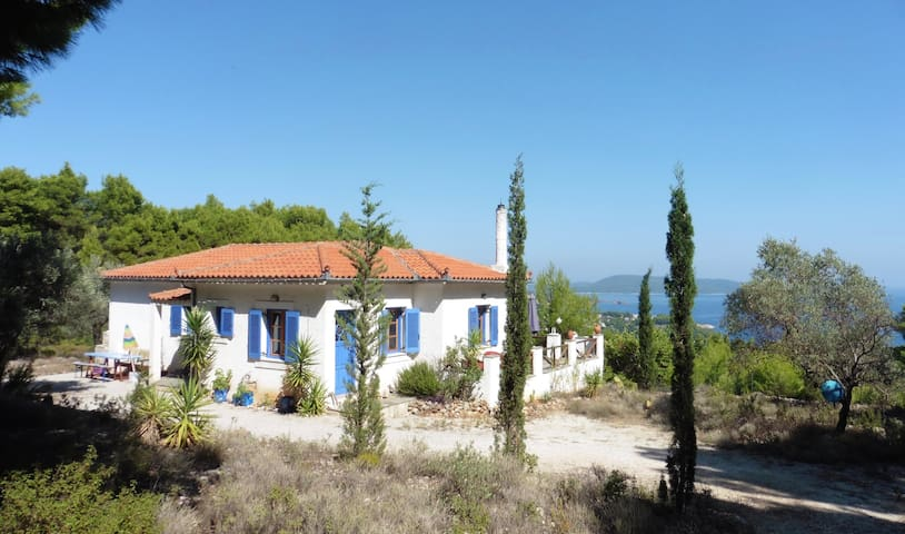Alonissos - Villa Etemba