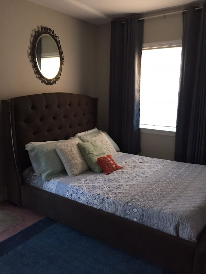Upscale private room with winter discount