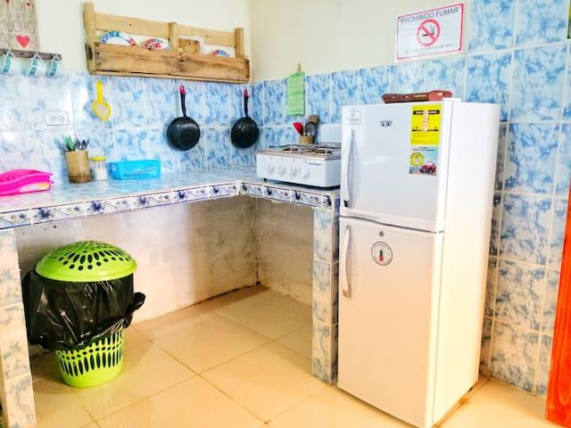 Cocina compartida y lavanderia