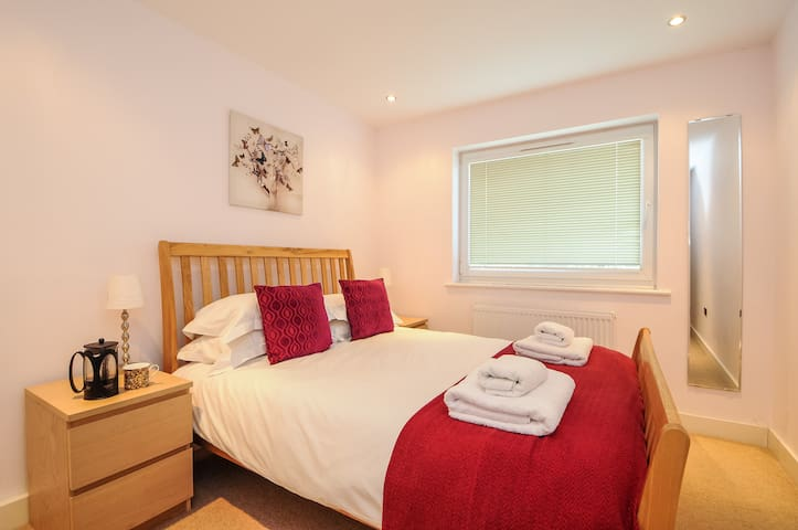 Summertown Two bed apartment OXHVDC Serviced Let - Oxford - Pis