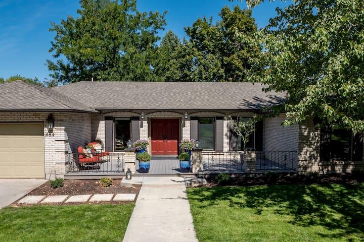 """Pottery Barn"" Charmer Close to Everything! - Boise - Casa"