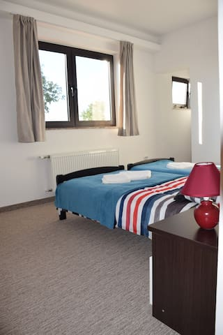 Rooms London - Free shuttle service - Velika Gorica - Apartament