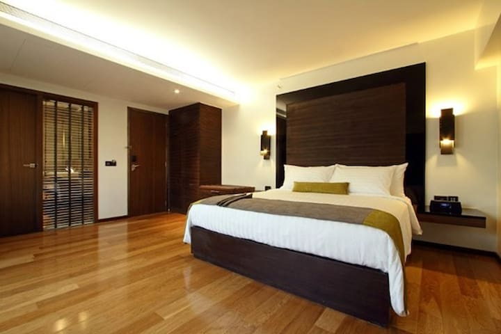 Swedish Style Deluxe Room at Andheri West - Mumbai