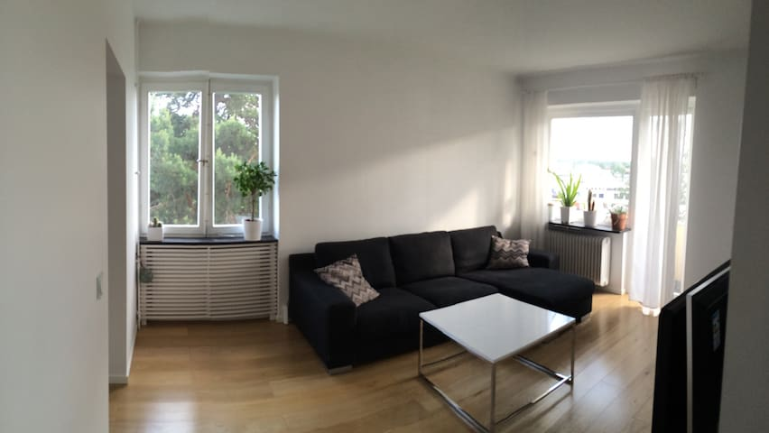 Newly renovated 2 room apartment- perfect location - Stockholm - Apartment