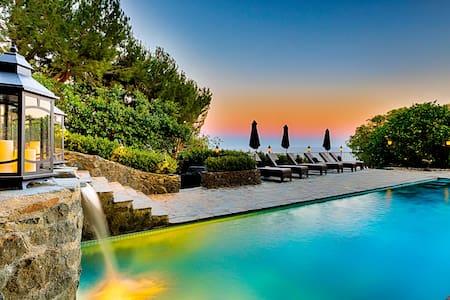 Stone Manor: 114177 - Malibu - Villa