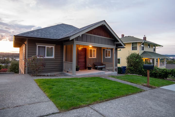 Historic Renton Hill Home, Walkable with Views!