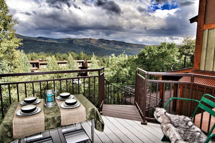Epic Mountain Retreat - Beautiful Mountain Views