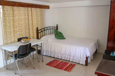 Cozy, Tropical Seaside Apartment free wifi