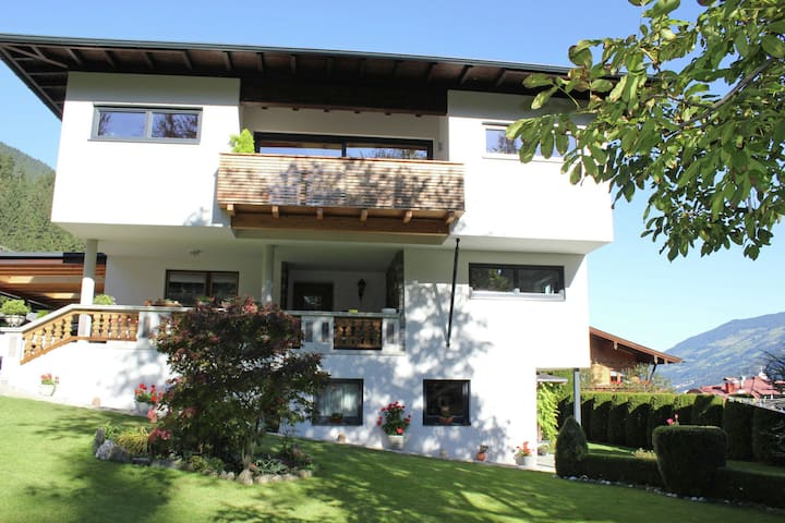 Stunning Apartment in Ried im Zillertal with Terrace