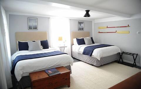 The Starboard Suite - Cedar Hill Farm
