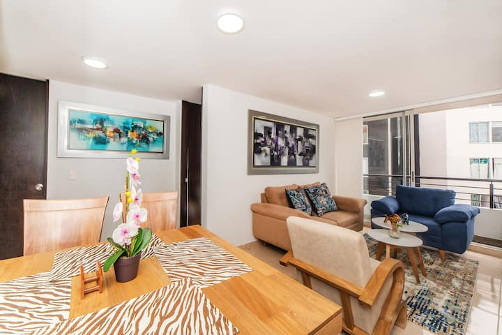 BEAUTIFUL APARTMENT WITH POOL AND PRIVATE PARKING
