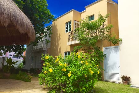 Nice bedroom in the best location downtown - Cancún - Huis