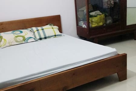 Spacious double bedroom District 10 - Ho Chi Minh  - House