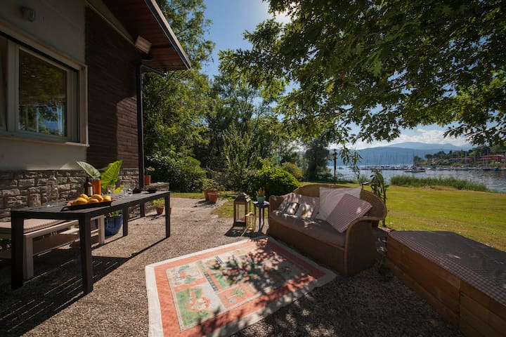Residenza Le Magnolie - Monvalle - Radhus